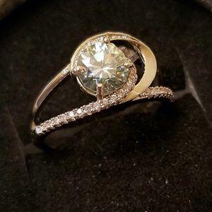 Jewelry - 1.10 Carat Moissanite Ring Silver 925 Sz 7.5